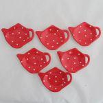 Keramická miska na odkládání čaje červený puntík