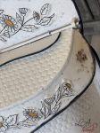 Plechová retro poštovní schránka se včelou Bee Hive clayre eef