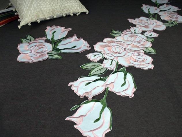 Dekorace na ubrus č.01C3 Růže barva růžová průměr 30cm